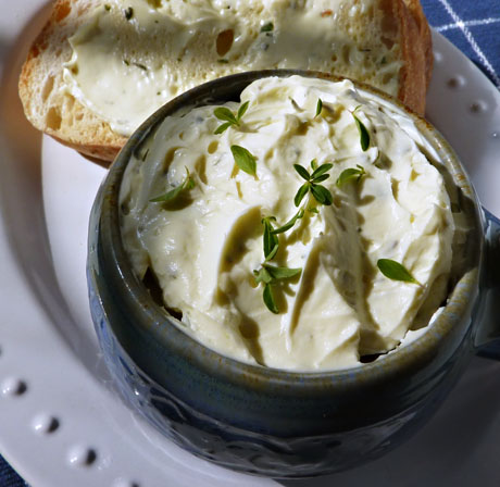 Herbed cheese spread and bread