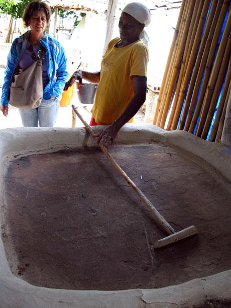 Toasting the manioc