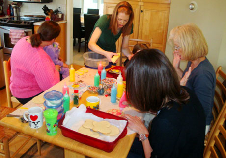 decorating cookies with a moms group - Someone Decorating For A Party