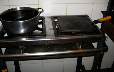 The old gas cooktop at the pousada.
