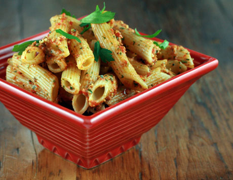 Penne with roasted red pepper pesto