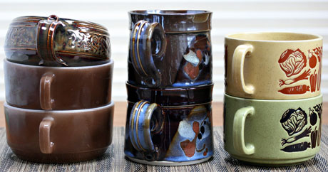 Seven brown handled bowls