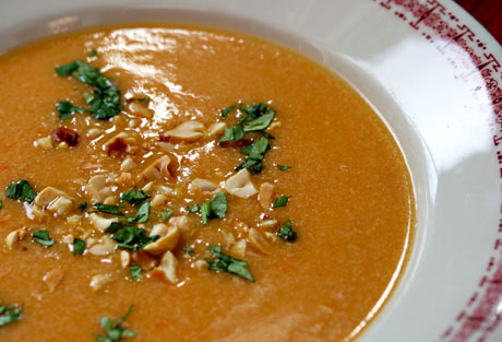 Ecuadorian peanut soup