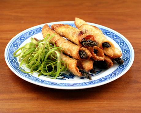 Asparagus wonton wraps