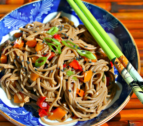 Soba salad with peppers and ponzu dressing