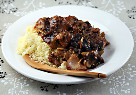 Chicken tagine with prunes and almonds