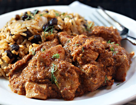 Slow-cooker-chicken-with-chile-peanut-sauce-1
