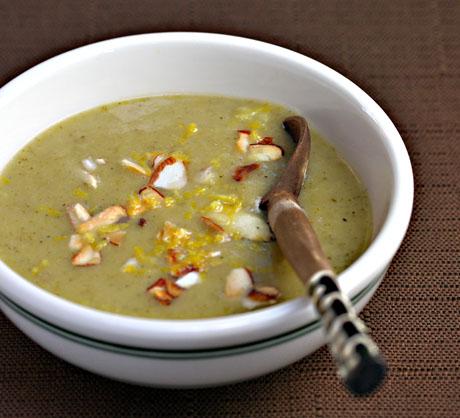 Broccoli-and-apple-soup