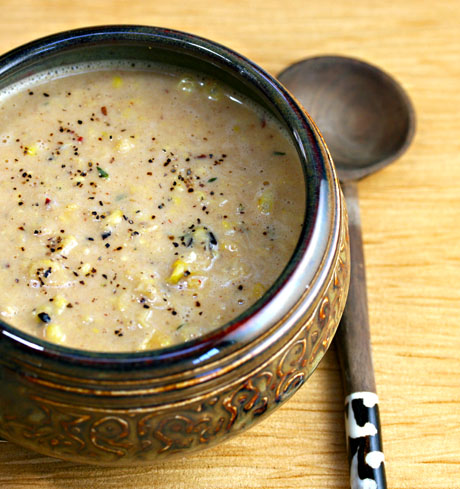 Corn-chowder-with-chipotle-cream