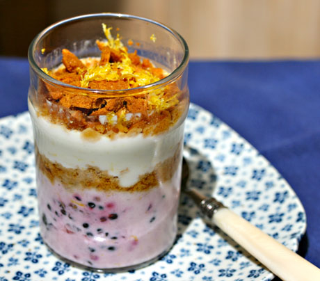 Lemon-berry-yogurt-parfait