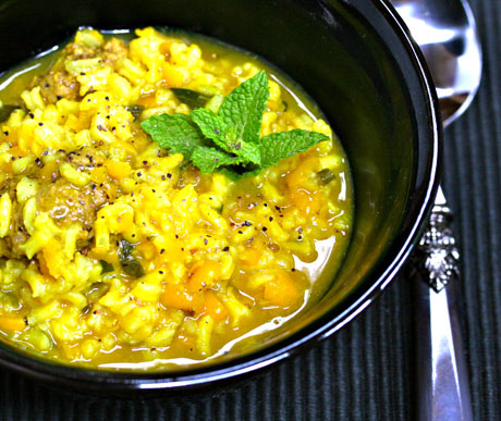 Iranian-split-pea-rice-herb-soup