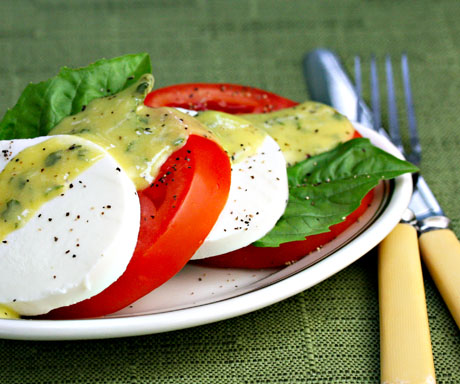 Tomato-mozzarella-and-basil-salad