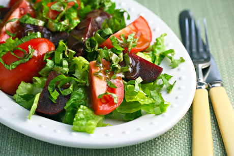 Tomato-beet-and-basil-salad-detail