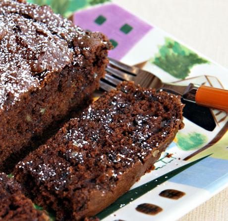 Double-chocolate-pumpkin-pecan-loaf-cake-closeup
