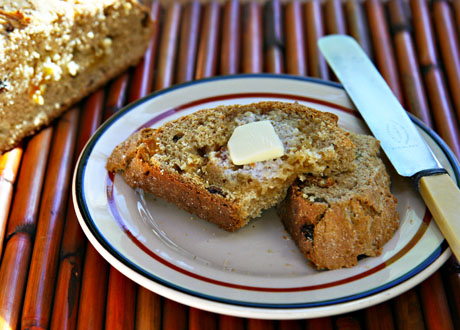 Whole-wheat-irish-soda-bread-with-golden-raisins