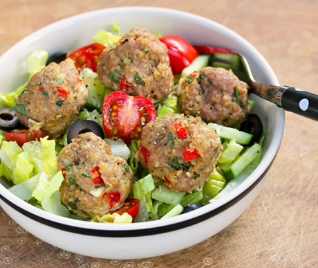 Greek-red-pepper-and-feta-turkey-meatball-salad-plate