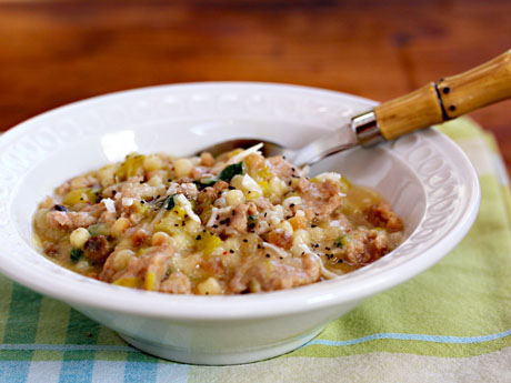 Fregula-sarda-with-leeks-and-turkey-sausage