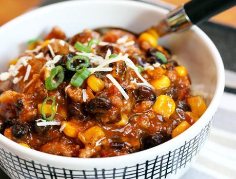 The Perfect Pantry®Smoky turkey, black bean and corn chili