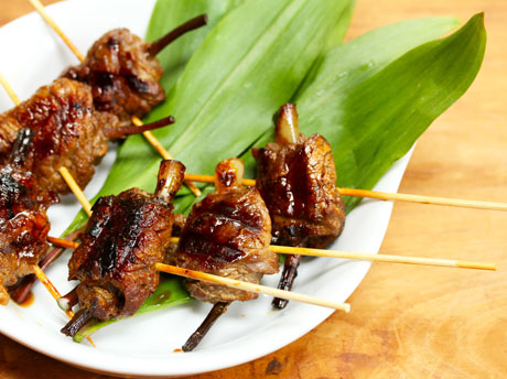 ... Recipe for grilled beef teriyaki skewers with ramps (or scallions