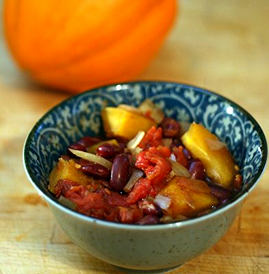Golden acorn squash chili, from Coconut & Lime (on Soup Chick).