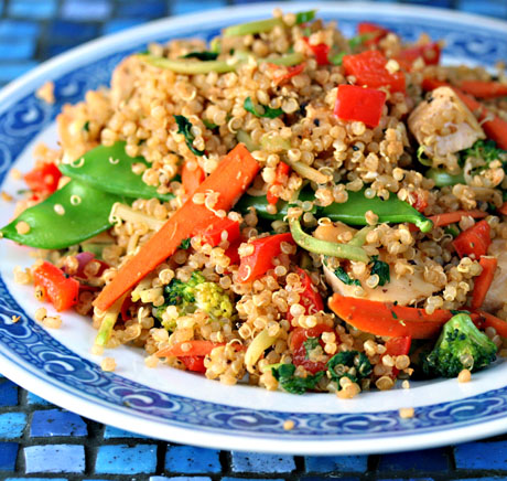 Chicken-and-vegetable-quinoa-stir-fry-detail