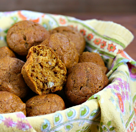Pumpkin-pecan-mini-muffins-inside