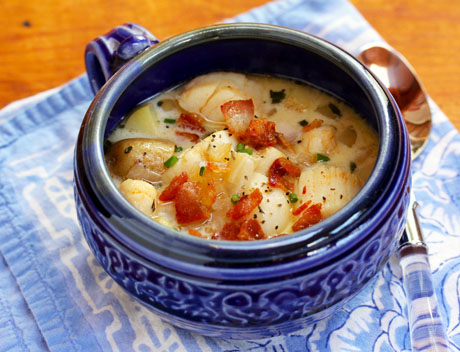 Scallop-bacon-and-potato-chowder