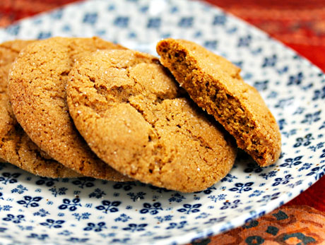 Chewy-molasses-spice-cookies