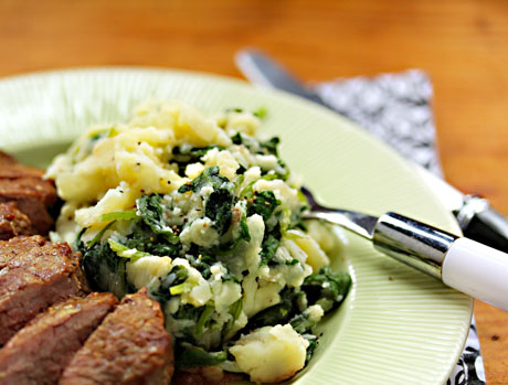 Boerenkool (kale with mashed potatoes), a vegetarian and gluten-free side dish.
