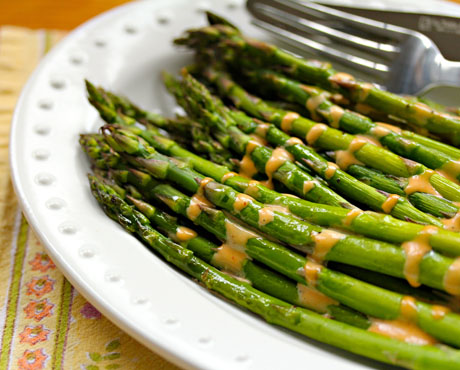 Roasted asparagus with a zingy Sriracha mayo drizzle. So good!