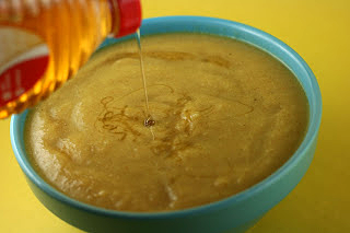Crockpot roasted cauliflower soup with curry and honey, from A year of Slow Cooking (on Soup Chick).