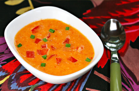Creamy-corn-and-red-pepper-soup