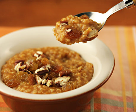 Pumpkin spice oatmeal, made with nutritious steel cut oats.