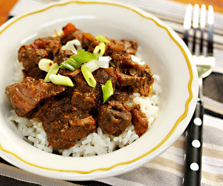 Slow cooker Sindhi beef curry, from The Perfect Pantry (on Soup Chick).