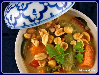 Thai vegetable stew, a vegan Meatless Monday option from Kahakai Kitchen (on Soup Chick).