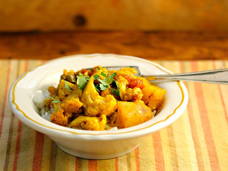 Indian cauliflower and potatoes (#vegan #glutenfree).