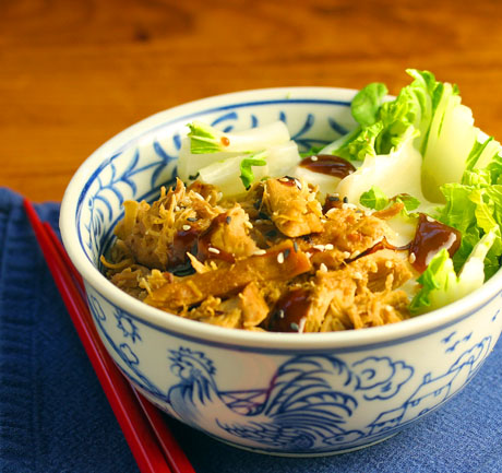 Hoisin chicken brown rice bowl: Chinese take-out at home!