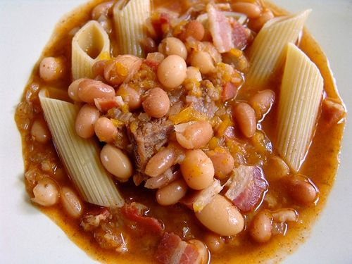 Sopa de frijoles, from Provecho Peru, and budget-friendly bean soups..