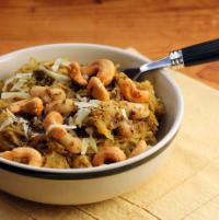 Spaghetti-squash-cashew-pesto