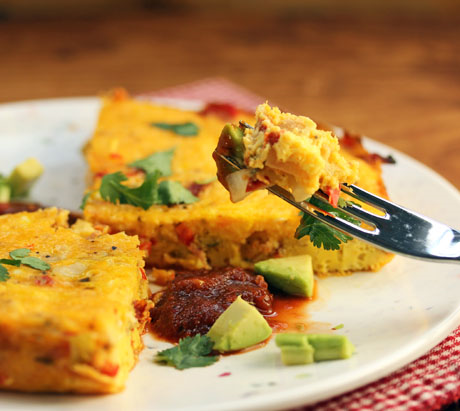 Top this Mexican fiesta frittata with salsa, avocadoes, or cilantro. #eggs #brunch #slowcooker