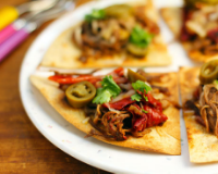 Slow-cooker-sweet-coffee-flank-steak-nachos-detail
