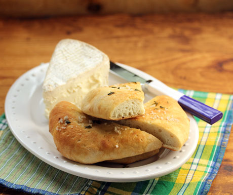 Make pizza bianca with storebought pizza dough, or your favorite homemade dough. #pizza