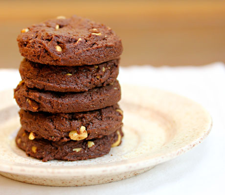 Chocolate Nutella nut cookies melt in your mouth! #cookies