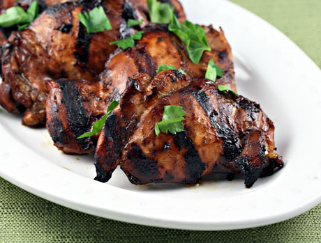 Grilled tamarind chicken breasts, made with tamarind concentrate from the supermarket. #chicken #grilling