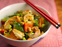 Shrimp-bell-pepper-stir-fry-closeup