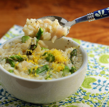 Asparagus and lemon risotto, made easy in the pressure cooker. #glutenfree