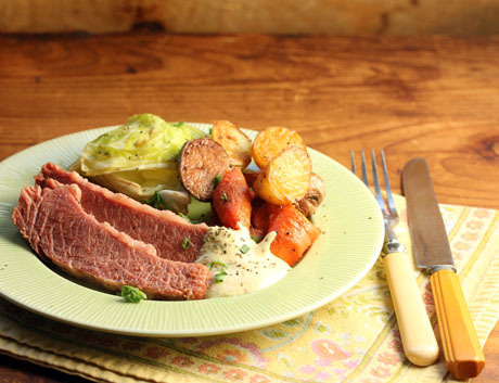 Corned beef with horseradish-mustard sauce (The Perfect Pantry).