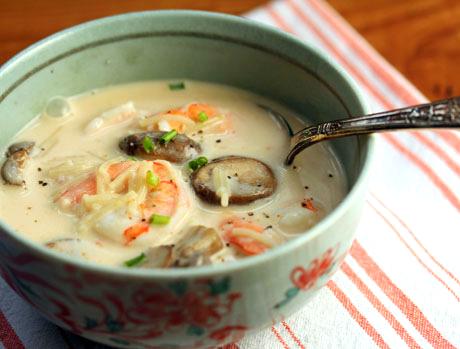 Shrimp and coconut curry noodle soup recipe. #soup