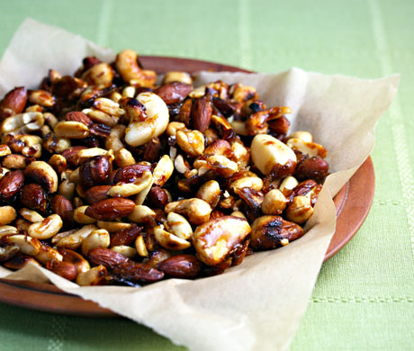 Ginger spice mixed nuts, perfect for a party.