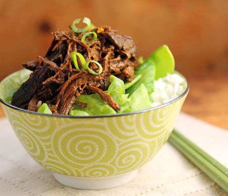 Spicy shredded beef with garlic and ginger makes a perfect rice bowl topping.